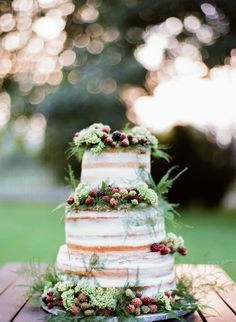 Berry topped rustic naked cake: http://www.stylemepretty.com/2015/11/19/colorful-european-castle-wedding/ | Photography: Peter & Veronika - http://peterandveronika.com/language/en/