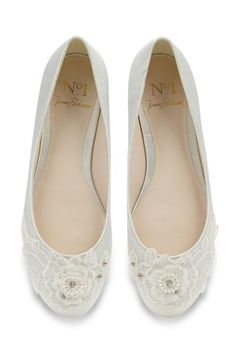 Trade in the high heels and give your feet a break with these beautiful flat bridal shoes you'll want to wear on your wedding day