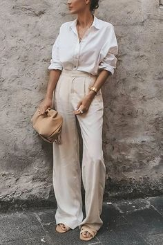 Classy Casual, Classy Outfits, Chic Outfits, Fashion Outfits, Womens Fashion, Summer Pants Outfits, Spring Outfits, Linen Pants Outfit, Linen Pants Fashion