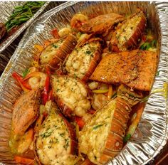Cajun Seafood Bowl Recipe Salmon, Lobster, Shrimp paired with some savory seasonings - A seafood lovers delight in a bowl! Seafood Boil Recipes, Cajun Seafood Boil, Lobster Boil, Seafood Boil Party, Seafood Bake, Crab Boil, Shrimp Recipes, Boiled Food, Boiled Eggs