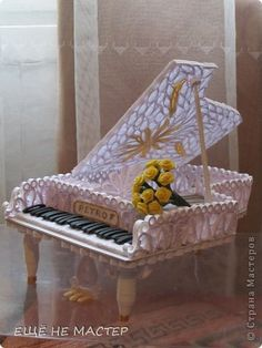 Beautiful Handicraft product Quilling Paper White piano band photo 1