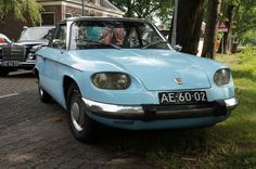 MY NEW FAVE CAR: A Panhard PL24!!