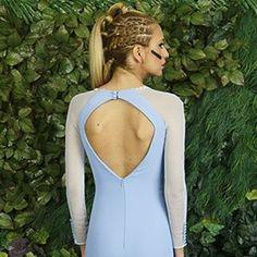 Ya tienes disponible en nuestra tienda on line el vestido #Olivia en #serenity , color del año 2016 según #pantone  #Belulah #quierounbelulah #style #trendy #diseño #jerez #invitada #look #wedding #bride #fashion #modaandaluza Foto @jaimeporrua modelo @luuciaamoros Peinado @aufermac