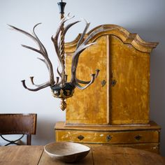 19th c. Swedish Antler Chandelier - picture 2
