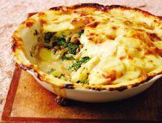 9 egyszerű és ellenállhatatlan krumplis egytálétel   Mindmegette.hu Okra, Mashed Potatoes, Cauliflower, Vegetables, Ethnic Recipes, Food, Whipped Potatoes, Gumbo, Smash Potatoes