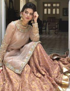 Pakistani Fashion Party Wear, Pakistani Wedding Outfits, Pakistani Bridal Dresses, Pakistani Dress Design, Bridal Outfits, Indian Fashion, High Fashion, Nikkah Dress, Shadi Dresses