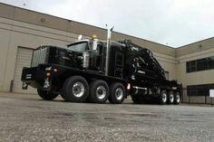 Kenworth tri steer, tri drive with a crane. Rv Truck, Big Rig Trucks, Dump Trucks, Cool Trucks, Pickup Trucks, Heavy Duty Trucks, Heavy Truck, Heavy Construction Equipment, Heavy Equipment