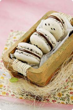 Black Sesame and Nutella Macarons (02) by MeetaK