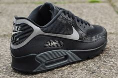 NIKE AIR MAX 90 ULTRA MID WINTER BLACK per €157,50