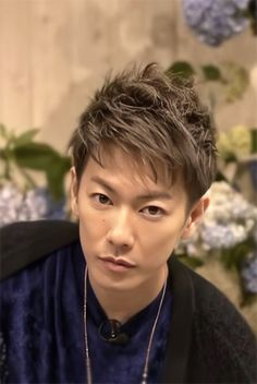 Takeru Sato, Japanese Artists, Video Clip, Hair Highlights, Haircuts For Men, Figure Drawing, Lust, Hair Cuts, Hairstyle