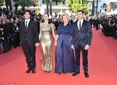 The whole gang: Joining the ladies on the red carpet was the movie's main men, Alex Brende...
