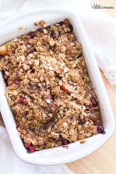 Cranberry Apple Crisp with a Brown Sugar Cinnamon Crumble – Julie's Eats & Treats