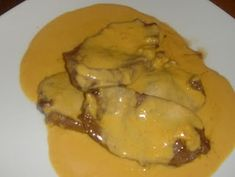 Steak with Beer Sauce - Gastronomy and Culinary Kids Meals, Easy Meals, Portuguese Recipes, Portuguese Food, Vegan Recipes, Cooking Recipes, Culinary Arts, Food Inspiration, Finger Foods
