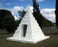 This distinctive pyramid-shaped memorial stands in a prominent position in Pokeno Historic Cemetery. It records the names of 24 imperial and colonial troops who died during the Waikato War and are thought to be buried nearby. Troops, Soldiers, History Online, Interesting Information, First World, Cemetery, World War, New Zealand, Colonial
