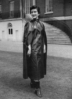 Rain Cape, Rubber Raincoats, Cape Coat, Rain Wear, Vintage Pictures, Capes, Aunts, Plastic, Club