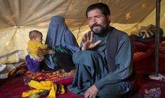 فتاة أفغانية حامل تواجه الحرق والتعذيب حتى…: تعرضت الأفغانية الحامل زهرة (14 عامًا) للتعذيب والحرق حتى الموت بواسطة عائلة زوجها لأن والدها…
