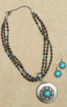 Hammered Medallion with Turquoise and Bling Necklace and Earring Set