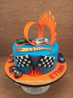 Cars birthday party cake galleries 15 Super ideas – Gateaux d anniversaire Hot Wheels Party, Bolo Hot Wheels, Hot Wheels Cake, Hot Wheels Birthday, Car Cakes For Boys, Race Car Cakes, 6th Birthday Cakes, Cars Birthday Parties, Hotwheels Birthday Cake