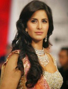 Katrina Kaif walks the ramp for Nakshatra diamond. #Bollywood #Fashion #Style #Beauty