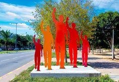 Uri Dushy - Works of Art - Public Sculptures: Farewell 2, Ashkelon