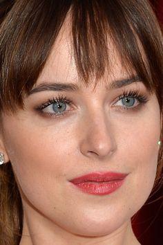 Close-up of Dakota Johnson at the 2015 Oscars. http://beautyeditor.ca/2015/02/23/oscars-2015