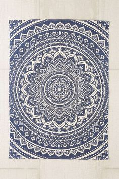 Plum & Bow Sahara Medallion Printed Rug. Love this, since the pattern is meant for a round rug.