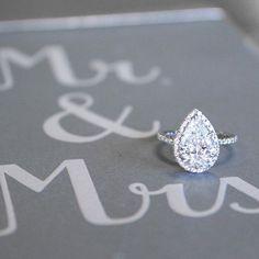 Mr. & Mrs. #BrilliantEarth anillos de compromiso | alianzas de boda | anillos de compromiso baratos http://amzn.to/297uk4t