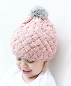 Darling knitted winter hat – My Savvy Baby Boutique