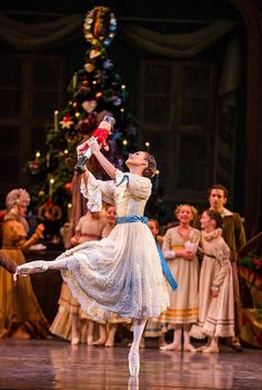 passioneperladanza: Francesca Hayward in The Nutcracker Photo © Tristram Kenton / ROH
