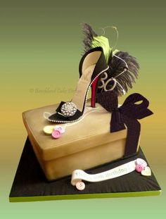 Shoe And Box Birthday Cake Bow Shoebox Credit Card