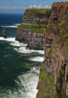 Cliffs of moher landscape sea from the west of Ireland,acantilado irlanda