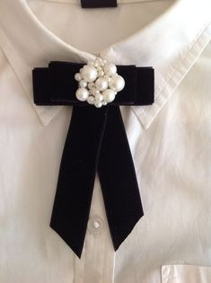 Great DIY thanks decoration that will impress your guest and make unforgettable for them! Cute Fashion, Diy Fashion, Ideias Fashion, Womens Fashion, Fashion Jewelry, Diy Ribbon, Ribbon Bows, Women Bow Tie, Baby Girl Party Dresses