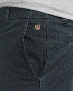 THE AUGUSTE SHORT