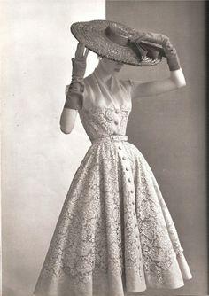 #retro #vintage #feminine #classic #beauty #fashion #dress #lace #hat