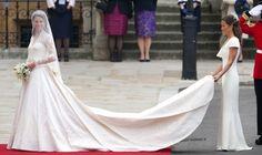30культовых платьев всех времен инародов