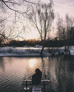 WEBSTA @ jholodova - Winter sun in your eyes#vsco #vscocam #vscomoscow #vscorussia #vscogood #vscogallery #instagood #sun #wood