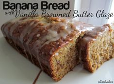 I found this recipe for Banana Bread and Vanilla Browned Butter Glaze at Averie Cooks. I knew I'd have to try it. I mean, really, when someone claims to have found the perfect banana bread recipe. Banana Bread Glaze, Super Moist Banana Bread, Best Banana Bread, Dessert Bread, Dessert Recipes, Perfect Banana Bread Recipe, Best Food Ever, Banana Bread Recipes, Brown Butter
