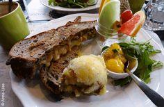 BRUNCH | Régine Café : un nouveau brunch dans Rosemont  http://zurbaines.com/fr/meilleur-brunch-montreal/regine-cafe-brunch-rosemont-montreal/