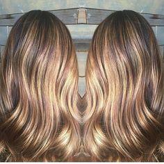 Glowing honey brunette. Color by @haairbycynnthiaa  #hair #hairenvy #haircolor #highlights #honey #honeybrunette #newandnow #inspiration #maneinterest