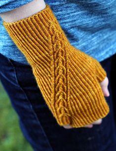 Ravelry: Goldmead pattern by Liz Corke Crochet Mittens, Mittens Pattern, Crochet Gloves, Knit Or Crochet, Cable Knitting, Knitting Socks, Fingerless Gloves Knitted, Knitted Hats, Knitting Designs