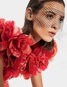 Alexandra Martynova, Carolina Thaler by Mark Pillai for Elle Italia April 2015