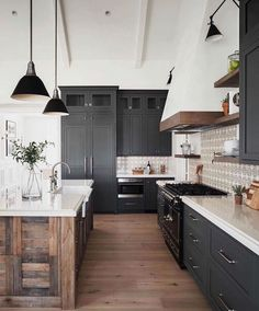 Küchendesign Küchendesign trends inspiring modern kitchen design ideas 2020 35 ~ IRMA The Best Farmhouse for Home Office 28 Rustic Farmhouse Kitchen Ideas To Make Cooking More Fun For You ~ Beautiful House Magnolia journal feature 37 afton project pt 1 19 Industrial Farmhouse Kitchen, Modern Farmhouse Kitchens, Home Kitchens, Small Kitchens, Farmhouse Lighting, Rustic Farmhouse, Kitchen Modern, Kitchen Wood, Dark Kitchen Cabinets