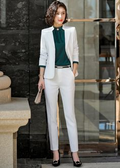 25 Latest Office & Work Outfits Ideas for Women 13 - Work Outfits Women Office Outfits For Ladies, Vest Outfits For Women, Suits For Women, Clothes For Women, Blazer Fashion, Suit Fashion, Work Fashion, Fashion Outfits, Workwear Fashion