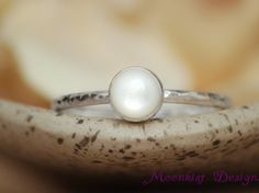 Mother of Pearl Bezel Set Solitaire Ring with Hammered Band In Sterling - Silver Unique Mother of Pearl Promise Ring - Bridesmaid Gift