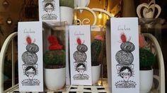 Le creazioni di ROSSO CUORE sono fatte a mano in Italia con materiali naturali quali : chiodi di garofano, cannella, lavanda, caffè, anice stellato. Sono pertanto  regali  profumati, naturali e duraturi. In vendita presso: Flower Power Torino, in Via San Secondo 15- Torino