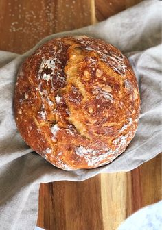 Rustic Dutch Oven Bread - Fetty's Food Blog