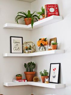 Floating Shelf Styling | from Living Savvy
