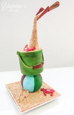 Tarta en Gravedad - Cake in gravity - Cake by Yolanda Cueto - Yocuna Arte en Azúcar