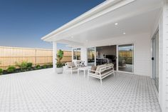 Broadbeach Display Homes in Warragul Outdoor Living Areas, Outdoor Dining, Outdoor Decor, Make Build, Large Shower, Display Homes, Open Plan Living, Home Builders, The Hamptons
