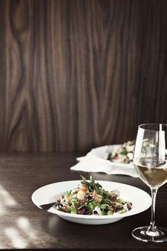 Goat cheese & avocado salad. Styling Sanna Kekalainen, photo Laura Riihelä.